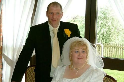 Tracy và chồng trong ngày cưới.