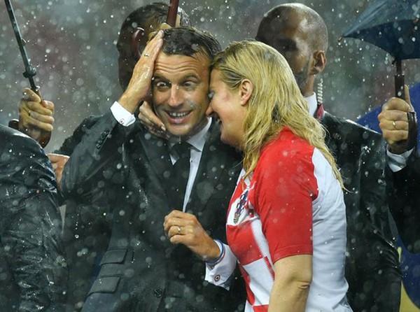 Được biết, để đi xem World Cup, nữ Tổng thống Croatia phải viết đơn xin nghỉ phép và chấp nhận bị trừ lương.