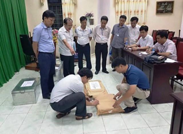 Tổ công tác rà soát công tác chấm thi tại Hội đồng thi Sở GD-ĐT Hà Giang.