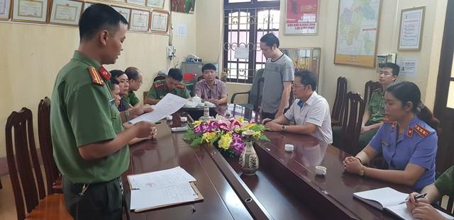 Ông Vũ Trọng Lương bị Cơ quan An ninh điều tra Công an tỉnh Hà Giang tống đạt quyết định khởi tố bị can, lệnh bắt tạm giam 3 tháng. Ảnh: PV