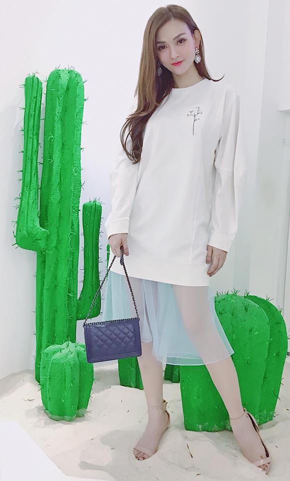Nhiều người bình luận Thu Thuỷ hiện tại giống Kelly Nguyễn - hot girl nghiện thẩm mỹ một thời khiến công chúng xôn xao.