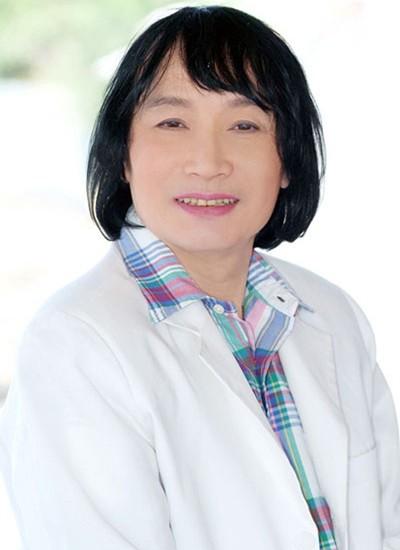 NSƯT Minh Vương cảm thấy buồn vì đã bị trượt danh hiệu NSND tới lần thứ 3.
