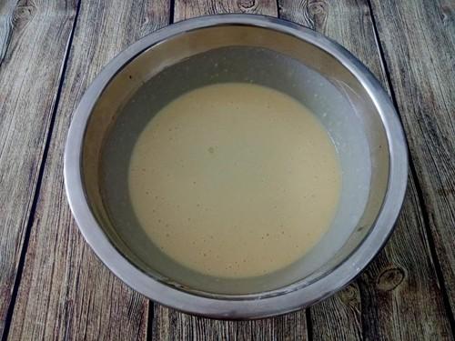 - Bước 4 (B4): Cuối cùng cho bơ lạt đun chảy vào B3 trộn thật đều.