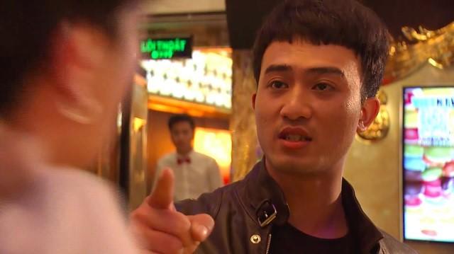 Cảnh đã dạy cho Phong một bài học vì thái độ ngông cuồng, ăn chơi bất cần đời .