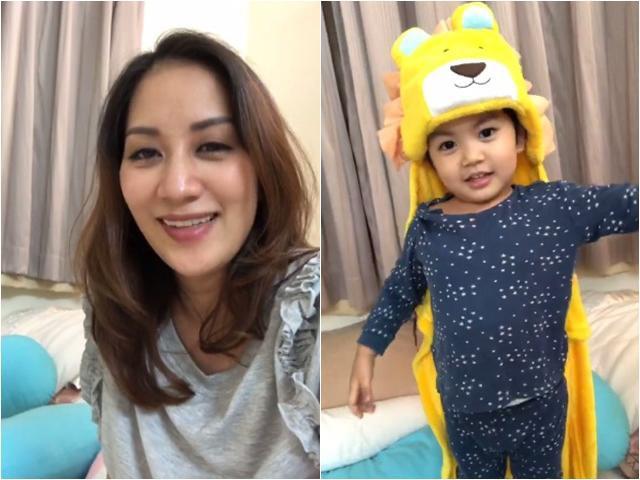 Khánh Thi và con trai xuất hiện trên sóng livestream ngày cuối tuần.