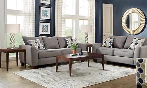 Bàn trà, bàn để cạnh sofa hay thảm là những thứ chưa phải mua ngay lập tức khi có nhà mới. Ảnh minh họa: Roomtogo.