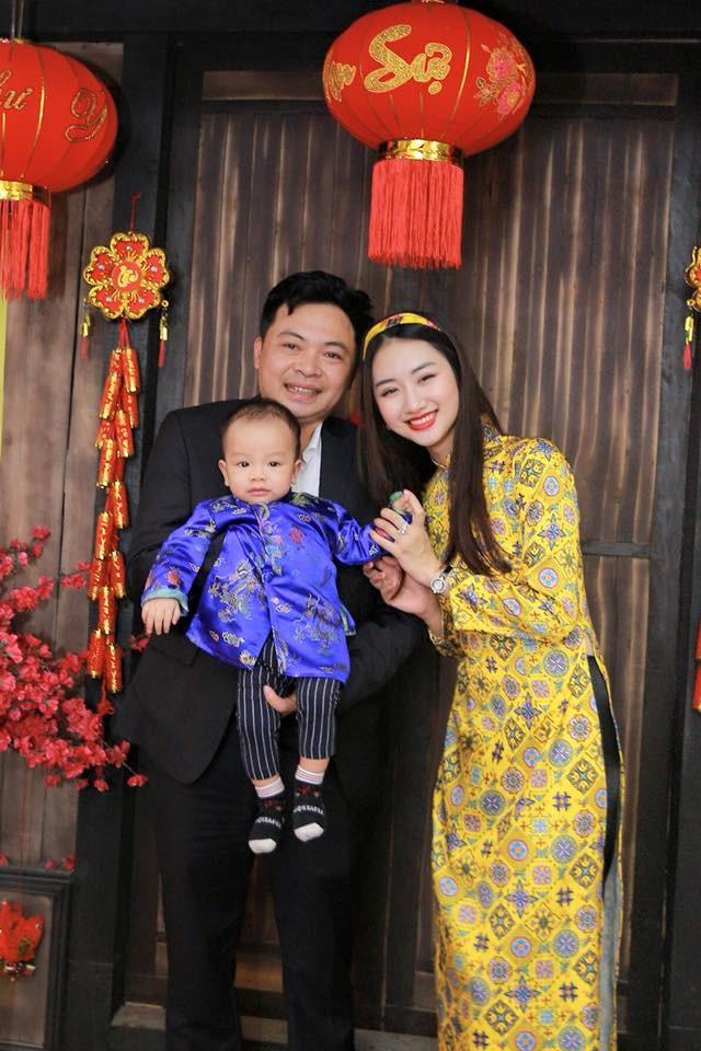 Gia đình hạnh phúc của Thu Ngân