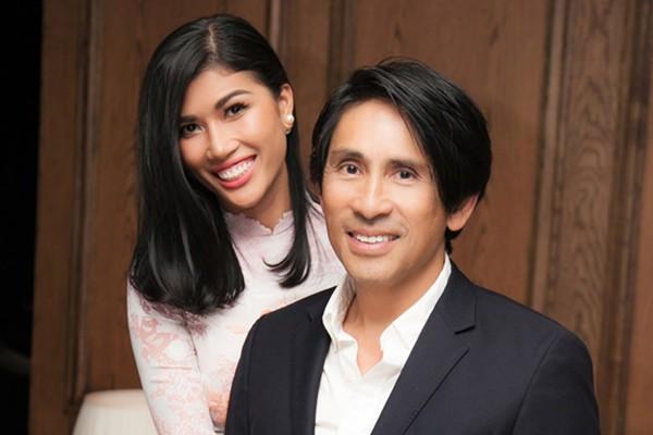 Trang Lạ và chồng Việt kiều lớn tuổi giàu có.
