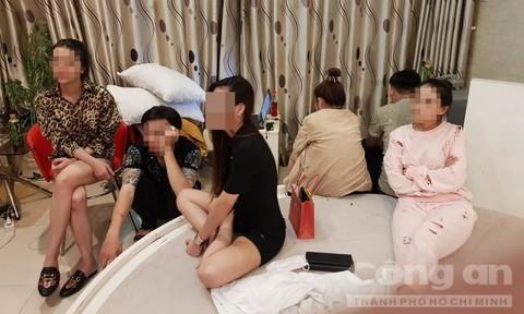 Nhiều người phê ma túy bị phát hiện trong khách sạn.