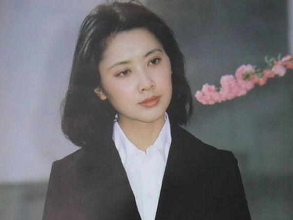 Chu Lâm thời trẻ.