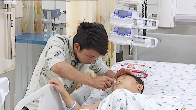 Chi phí chữa trị cho 2 bé đã lên tới 30 triệu đồng