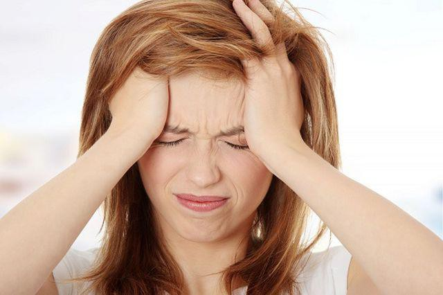 Cơ thể sẽ luôn mệt mỏi, căng thẳng khi thường xuyên sử dụng điện thoại