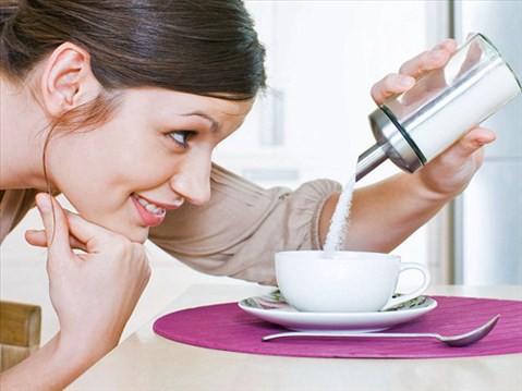 Các thực phẩm ngọt với thành phần đường cao dễ dẫn đến béo phì - 1 tác nhân tăng nguy cơ ung thư.