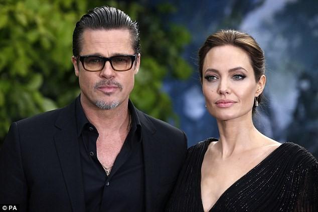 Cặp siêu sao Hollywood đã đạt được thỏa thuận ly hôn tạm thời.