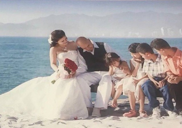 Ảnh kỷ niệm 15 năm ngày cưới của bà Lê Hoàng Diệp Thảo và ông Đặng Lê Nguyên Vũ