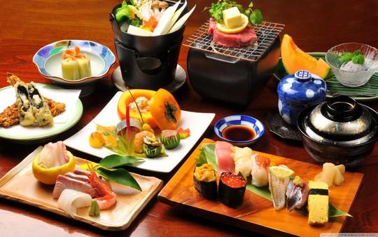 Người Nhật có nguyên tắc không ăn quá no, cho dù ngon miệng cũng chỉ nạp 80% khả năng nhằm giảm tải cho hệ tiêu hóa.