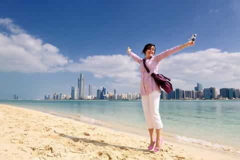 Nhiều phụ nữ cho biết họ thích du lịch hơn sex.