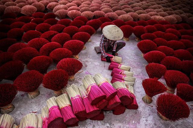 Hương đóng vai trò quan trọng trong cuộc sống người Việt. Ảnh: N.M