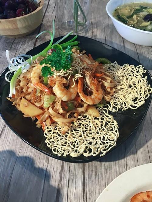 Lúc mới tập nấu nướng, chị Trang thỉnh thoảng thất bại vì món ăn chế ra không ngon bằng bản gốc hoặc không giống như tưởng tượng. Tuy nhiên chị chưa phải bỏ thức ăn lần nào bởi các món hầu hết ở mức chấp nhận được.