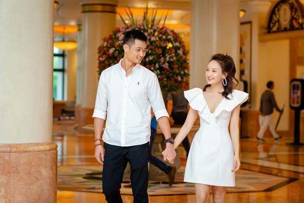 Vợ chồng Bảo Thanh đã từng trải qua nhiều sóng gió nhưng cả hai vẫn nắm chặt tay đi bên nhau.