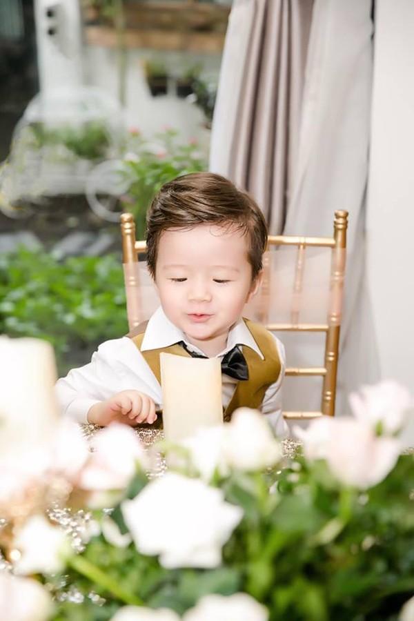 Nét tinh nghịch của Alfie ở tuổi lên 3.