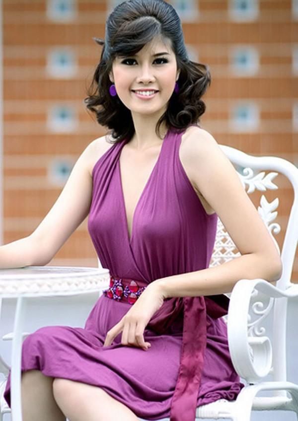 Minh Thu tiếp tục tham gia đấu trường nhan sắc Hoa hậu Thế giới năm 2008. Tuy nhiên vì chiều cao khiêm tốn nên cô không lọt vào Top 16