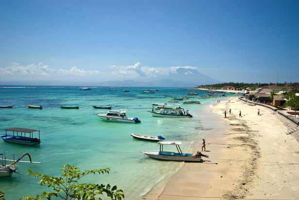 Người đàn ông phát hiện vợ ngoại tình ngay trong chuyến đi đến Bali kỉ niệm 10 năm ngày cưới.