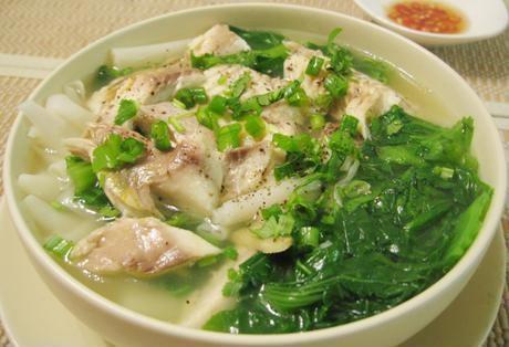 Nấu canh bánh đa cá rô rau cải vừa mát lại vừa bổ dưỡng - Ảnh: Internet