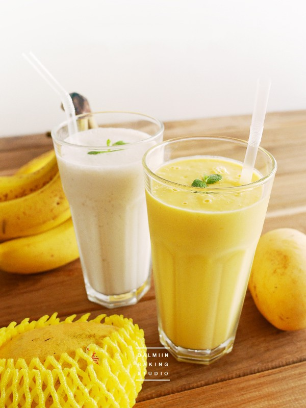 Sinh tố xoài có hương vị thơm ngon và rất dễ uống. Đặc biệt xoài là loại trái cây giàu dinh dưỡng, có tác dụng ngăn chặn ung thư, làm sạch da từ bên trong. Loại thức uống có nhiều tác dụng bổ dưỡng như sinh tố xoài bạn nên bổ sung hằng ngày.