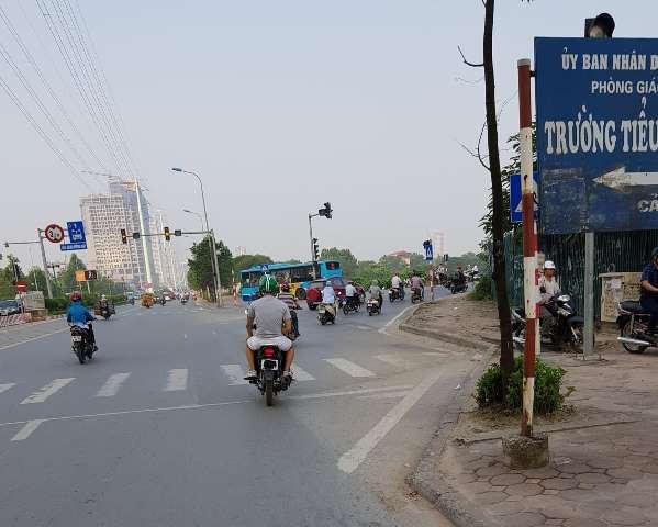 Hình ảnh tài xế Grab che biển số xe thường gặp ở Hà Nội. Ảnh: PV