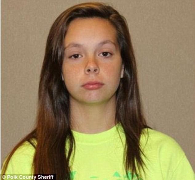 Xét nghiệm pháp y cho thấy, đứa bé này được sinh ra đủ tháng, nặng 4.2 ký và bị chết do ngạt thở cùng với vết thương trên đầu. Thân thế nạn nhân được xác định chính là cháu ngoại của chị Teresa, con của cô bé Cassidy Goodson.