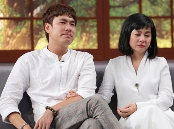 Cát Phượng và Kiều Minh Tuấn bên nhau trong một talkshow hồi đầu năm.