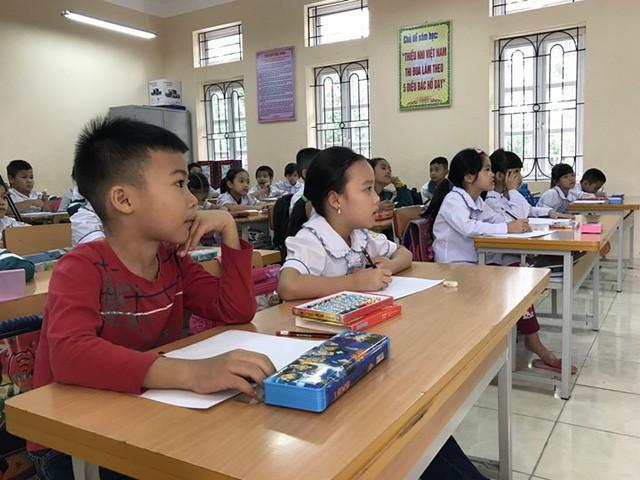 Học sinh tăng bằng cả một trường học (Ảnh: Minh họa).