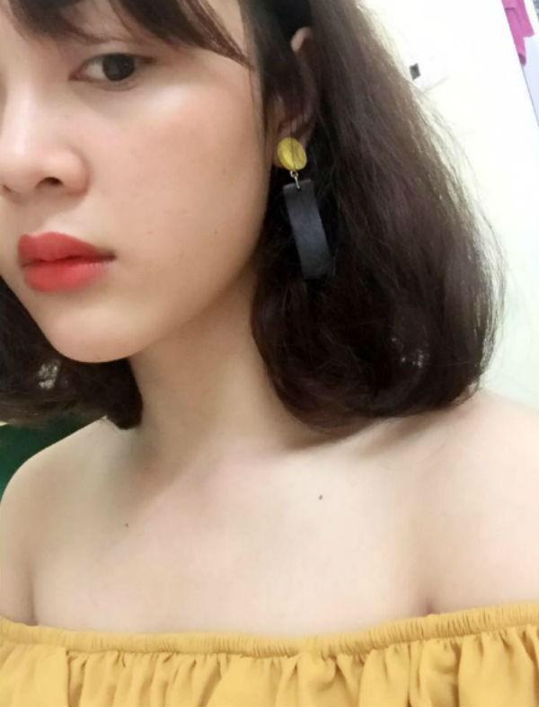 Tin đồn Công Phượng có bạn gái khiến nhiều chị em đau tim bởi từ trước tới nay, anh được xem là soái ca quần đùi áo số của tuyển Việt Nam.
