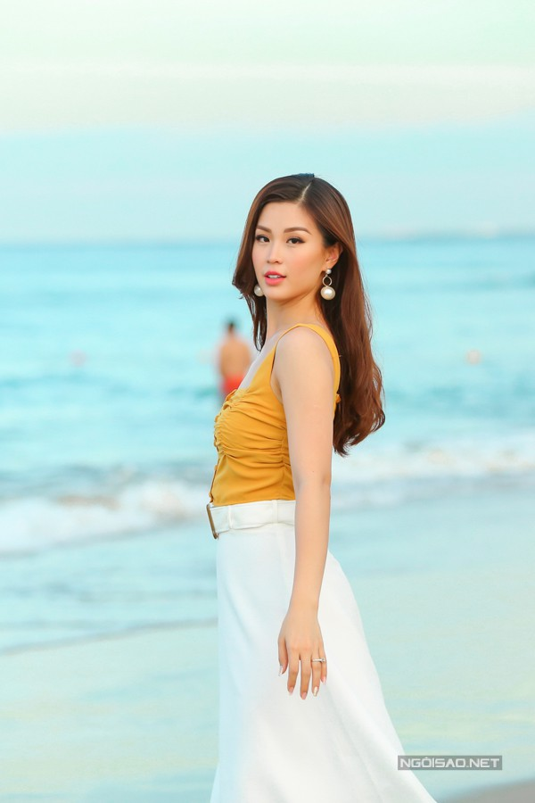 Diễm Trang ngày càng rạng rỡ sau khi sinh con gái đầu lòng.