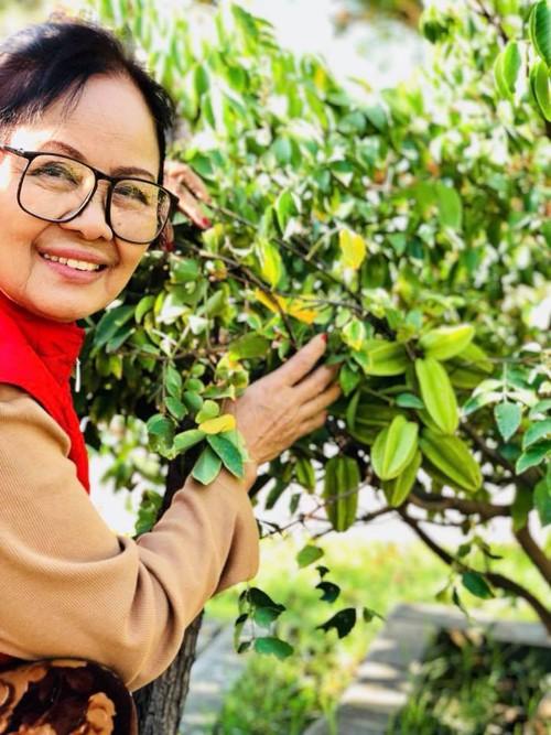 Bằng Kiều tin rằng anh được thừa hưởng niềm đam mê làm vườn, tình yêu cây cối từ mẹ.