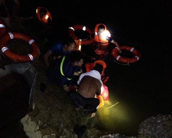 Lực lượng chức năng tìm thấy 2 nạn nhân bị đuối nước