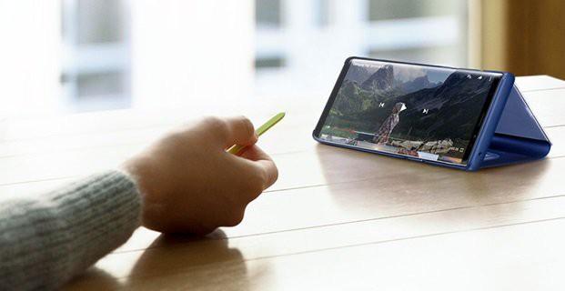 Thuyết trình một cách tự tin, đơn giản với bút S Pen điều khiển từ xa trên Galaxy Note9.