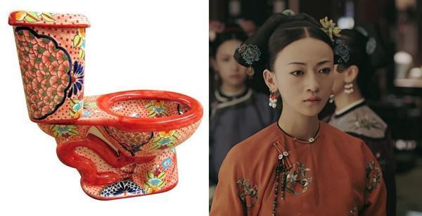Bồn cầu màu cam giống hệt chiếc áo của Ngụy Anh Lạc.