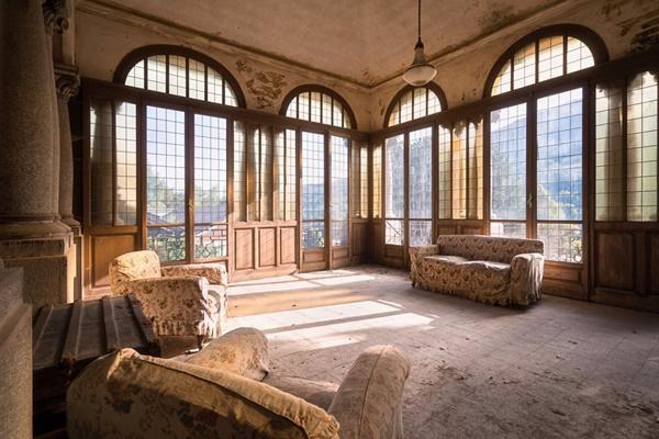 Phòng khách tại Italia.