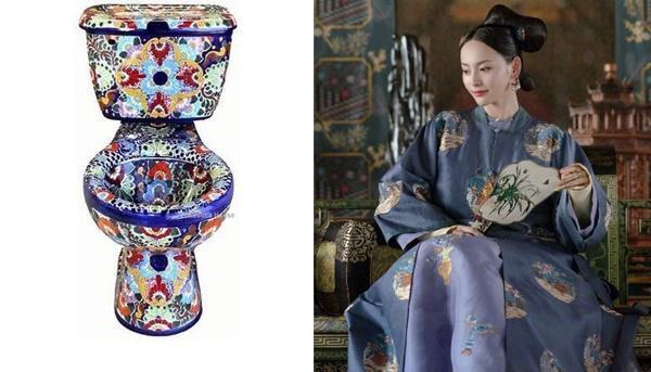 Chiếc bồn cầu thanh lịch với họa tiết giống trên áo Thuận Tần.