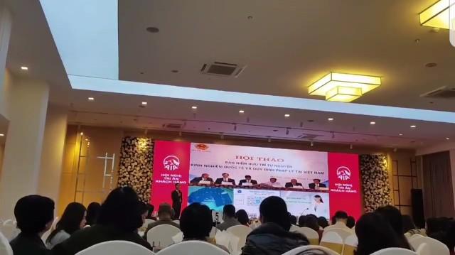 Buổi hội thảo diễn ra ngày 8/1/2018 tại Hà Nội. Ảnh cắt từ clip do bạn đọc gửi đến Báo Gia đình & Xã hội