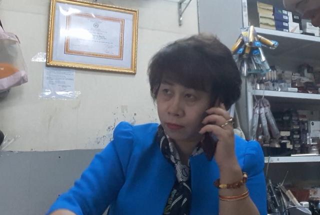 Bà chủ cửa hàng Huyền Cò khẳng định muốn đặt hàng xách tay số lượng bao nhiêu cũng có.