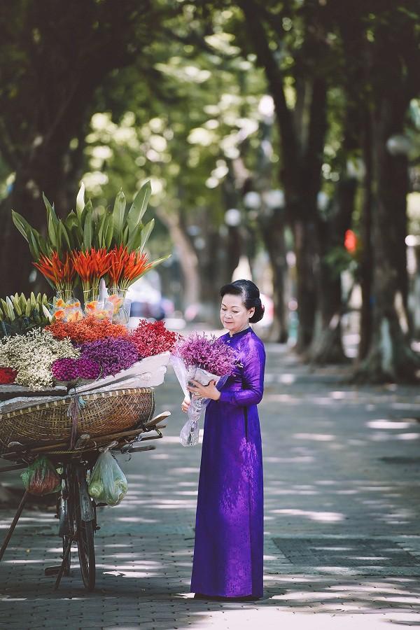 Danh ca Khánh Ly lần đầu đứng chung sân khấu với nhạc sĩ Phú Quang