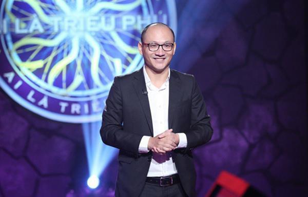 Nhà báo Phan Đăng nhận được nhiều ý kiến trái chiều từ khán giả khi làm MC chương trình Ai là triệu phú