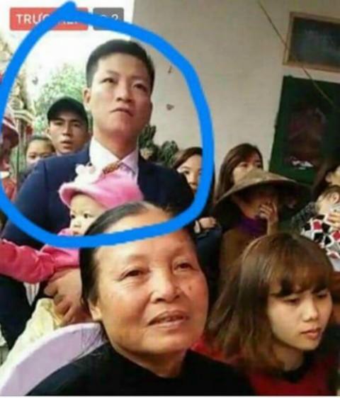Hiện tại, cơ quan công an đã tìm thấy chiếc xe máy và thi thể nạn nhân Đoàn Thanh Tùng. Ảnh gia đình cung cấp