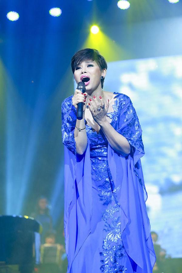 Theo tiết lộ của quản lý, ca sĩ Ngọc Anh sẽ về nước biểu diễn vào mùa thu năm nay để cảm ơn những tình cảm mà khán giả đã dành cho cô
