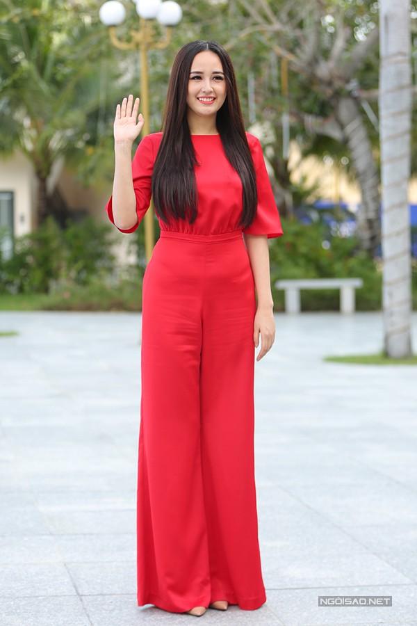 Hoa hậu Mai Phương Thuý tại Nha Trang sáng 3/1/2018. Ảnh: Maison de Bil