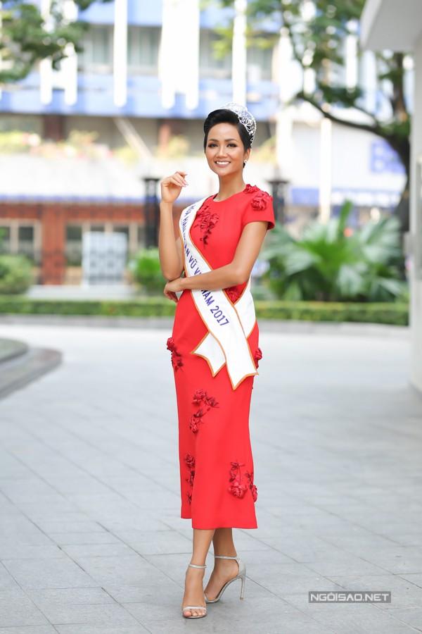 Hoa hậu Hoàn vũ Việt Nam 2017 HHen Niê. Ảnh: Maison de Bil