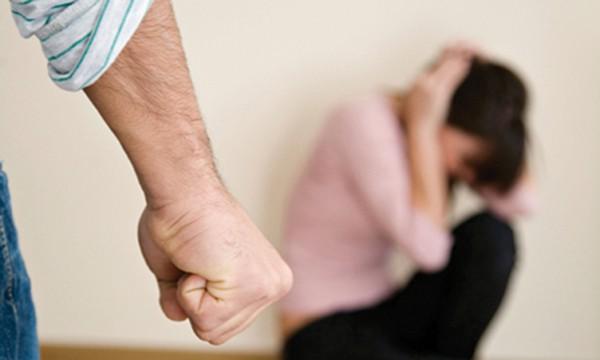 Bạo hành phụ nữ cần được loại bỏ với sự tư vấn cần thiết cho phụ nữ để ngăn chặn